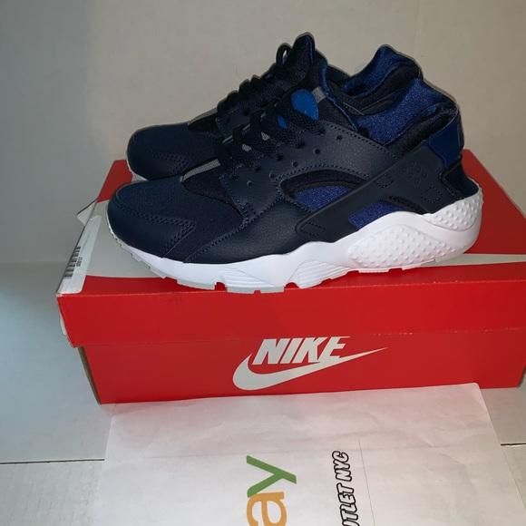 d21d99716fe7 New Nike Air Huarache Big Kids Size 5.5 Running
